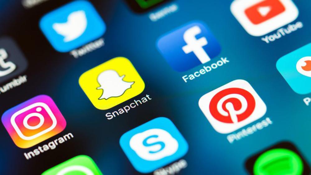 4 Ways to Practice Social Media Wellness